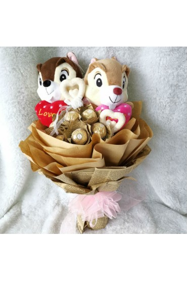 Chipmunk In Love VS